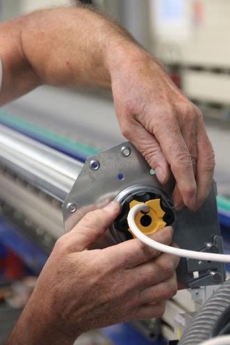installation d'un moteur somfy pour volet roulant traditionnel FenêtréA